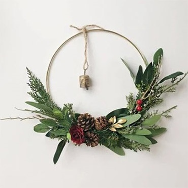 Modern Gold Hoop Christmas Wreath