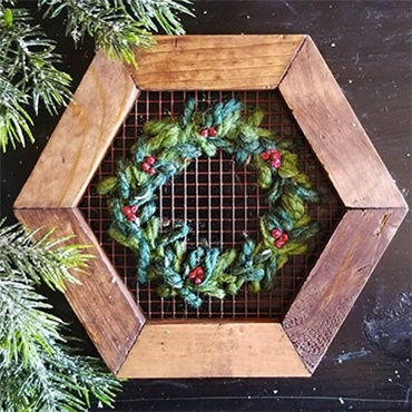 Evergreen Wreath Wire Embroidery