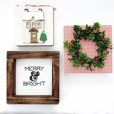 Tiered Tray Holiday Decor Set